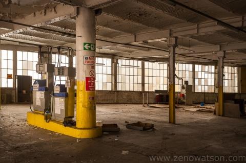 Botanic Garage By Zeno Watson-3762